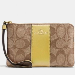 Coach Wristlet Signature Canvas And Yellow Stripe
